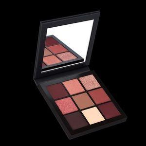 HUDA BEAUTY Mauve Obsessions Eyeshadow Palette NIB